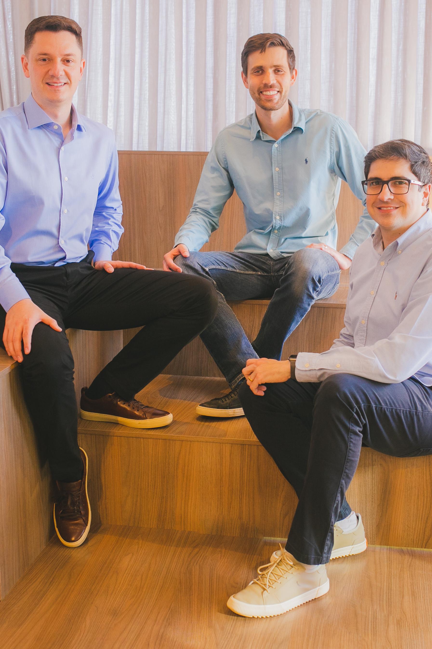 Fundadores da Mercos, da esquerda para direita: Rafael Trapp, Tiago Brandes e Celso Tonelli. Foto: Leonardo Waltrick